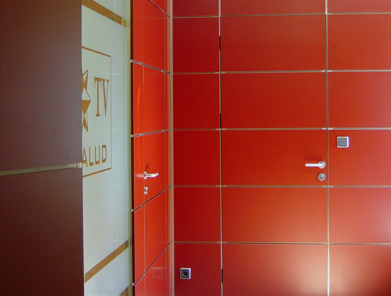 Mamparas divisorias para oficinas y despachos de desmon for Oficina de orange