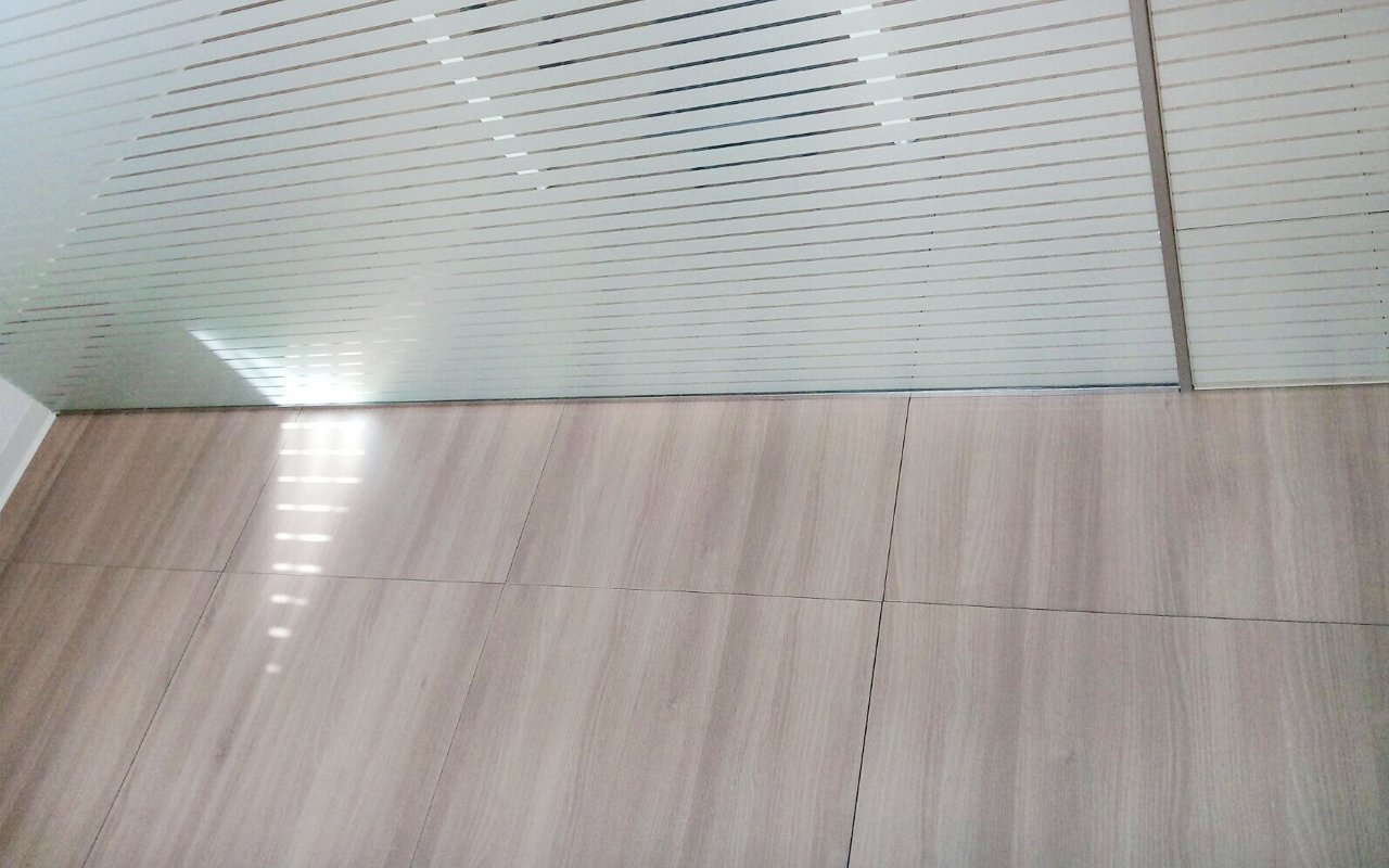 Pavimento de madera para oficinas