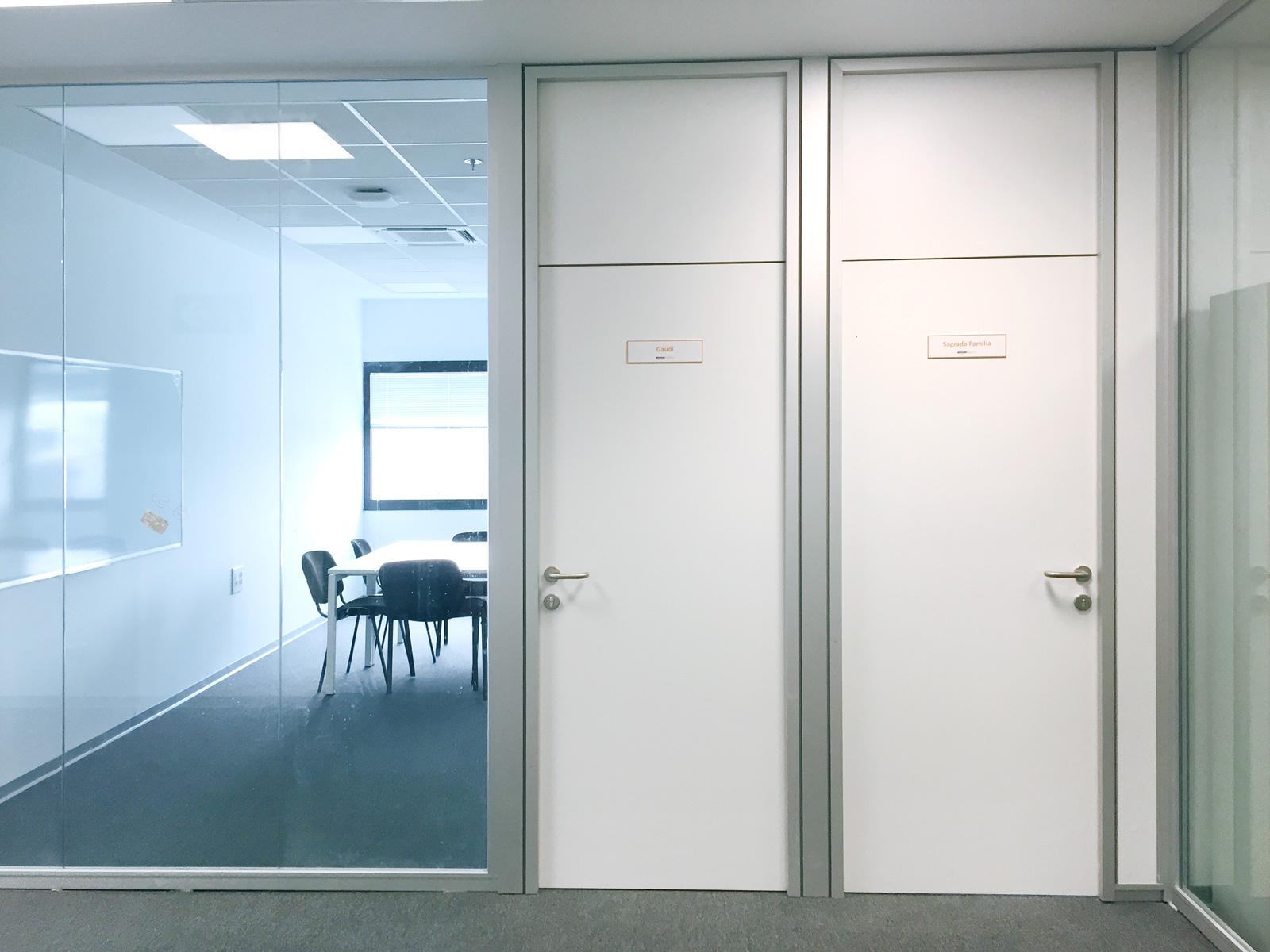 PANELES FENÓLICOS para oficinas
