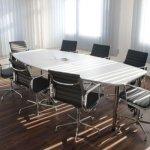 Qué es una silla ergonómica de oficina y beneficios